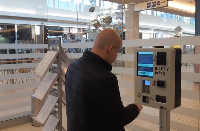 Kraków. Automaty biletowe w galeriach handlowych