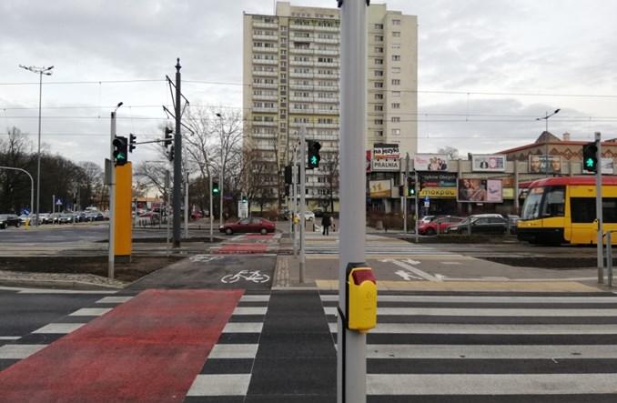 Warszawa. Skrzyżowanie przy al. Niepodległości naprawione