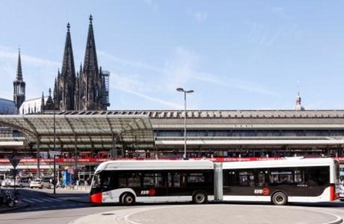Kolonia zamawia 53 autobusy elektryczne, w tym 48 przegubowych