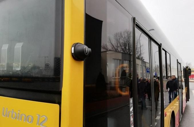 """Warszawa. MZA testują """"oczy"""" autobusu widzące pieszych i rowerzystów"""