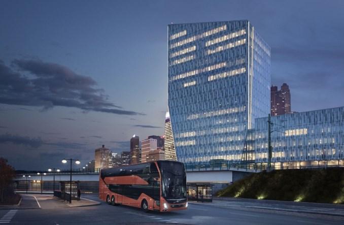 Volvo Buses wprowadza do oferty nowy piętrowy autokar turystyczny