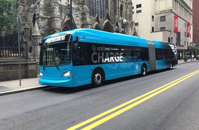 Pierwsze wodorowe autobusy przegubowe w USA