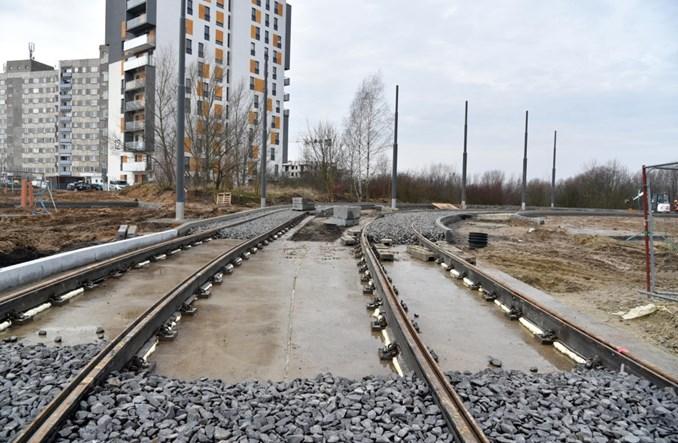 Poznań: Trasa tramwajowa przy ul. Unii Lubelskiej na półmetku [zdjęcia]