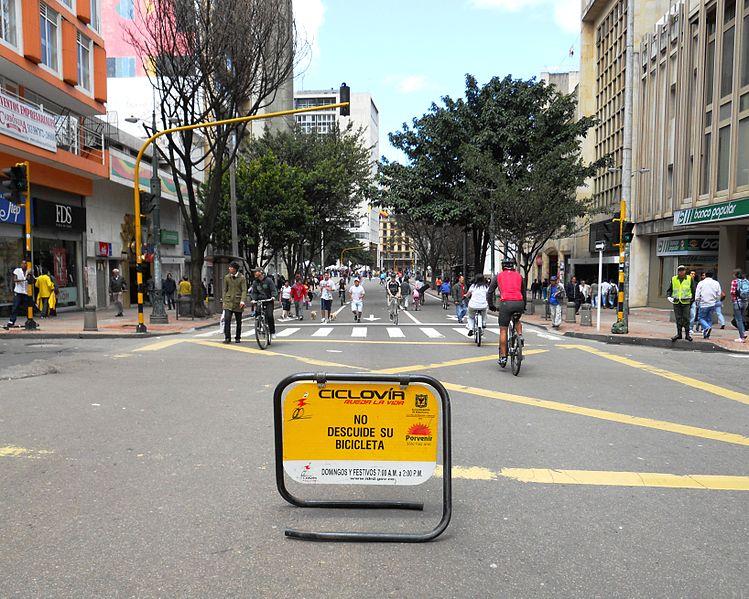 Bogota najbardziej przyjazna pieszym. Najgorzej jest w USA