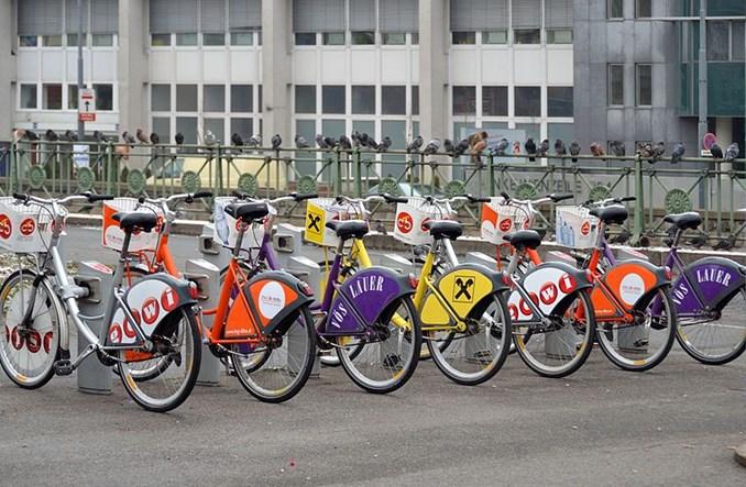 Wiedeń, w obawie przed koronawirusem, zachęca do jazdy rowerem