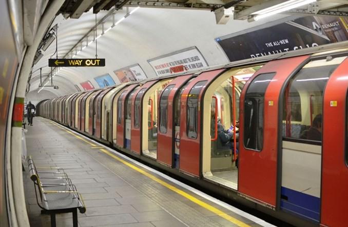 Londyn wprowadza duże ograniczenia. 40 stacji metra do zamknięcia