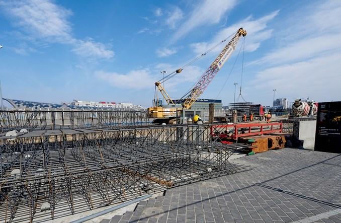 Łódź: Powstają ściany szczelinowe podziemnej ul. Hasa