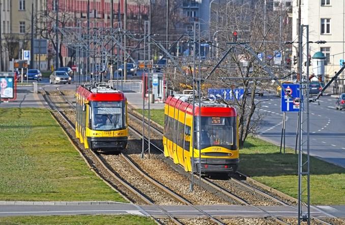 Warszawa: Metro i tramwaje wracają do podstawowych częstotliwości. Zmiany w komunikacji autobusowej