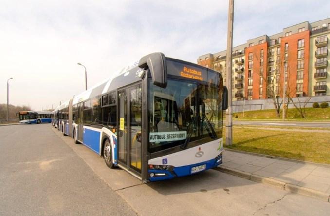 Kraków: Częstsze kursy i dodatkowe 70 autobusów więcej do ruchu