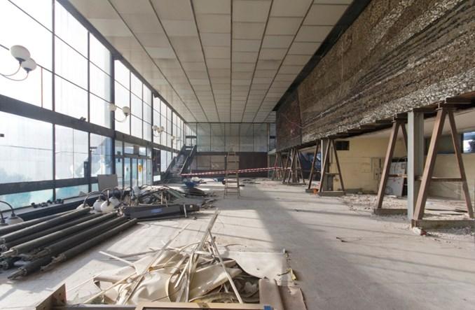 100-tonowa mozaika ponownie ozdobi dworzec w Oświęcimiu