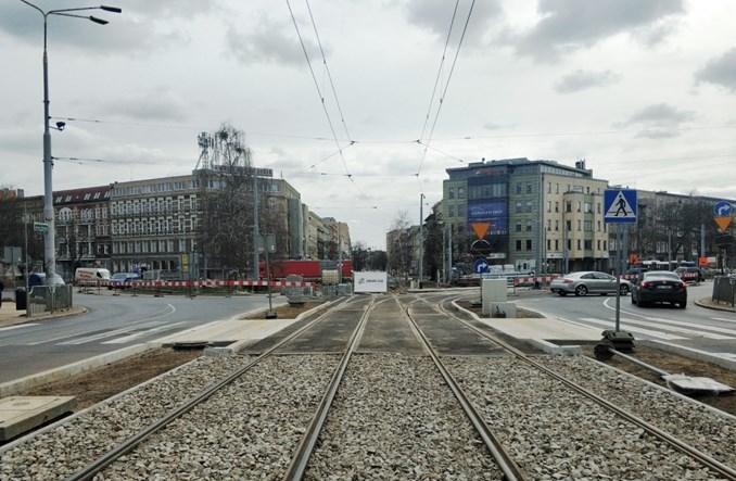 Szczecin: Trwa przebudowa węzła tramwajowego na pl. Szarych Szeregów