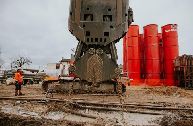 Soletanche buduje fundamenty węzła przesiadkowego Gdynia Chylonia [zdjęcia]