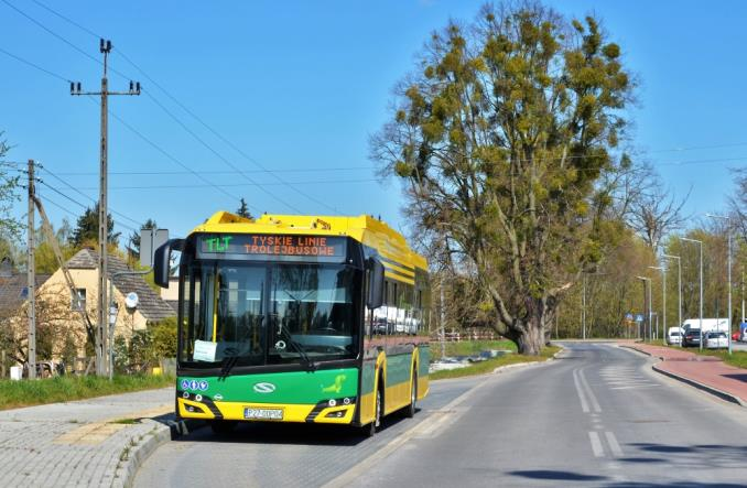 Elektrobusy w drodze do Tyskich Linii Trolejbusowych