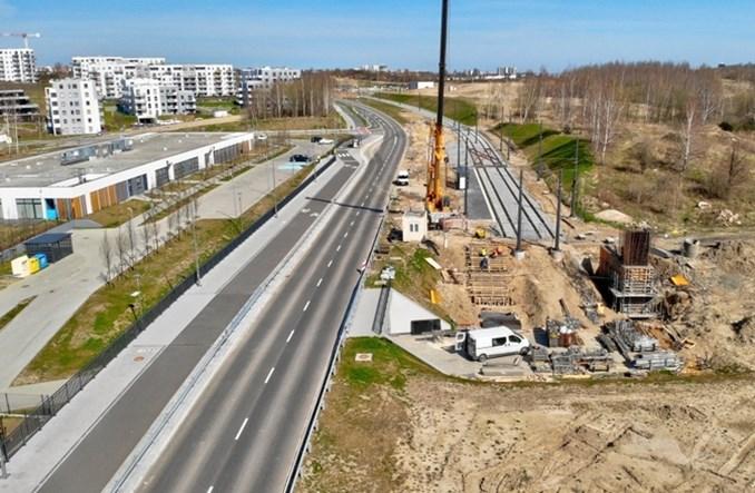 Gdańsk: Do końca maja ruszy tramwaj w al. Adamowicza