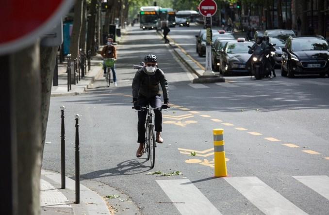 Paryski bulwar Saint-Michel opanowali cykliści
