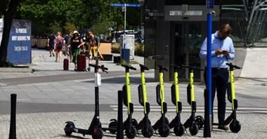 UTO: Jazda głównie po drogach dla rowerów, nie szybciej, niż 25 km/h. Nowy projekt