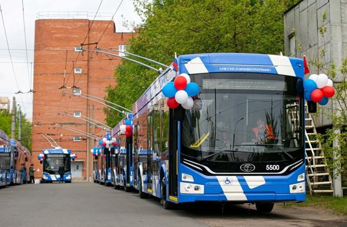 """Petersburg z nowymi trolejbusami z serii """"Admirał"""" [zdjęcia]"""