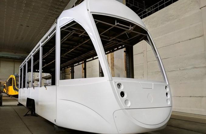Tatra-Jug produkuje w pełni niskopodłogowy tramwaj