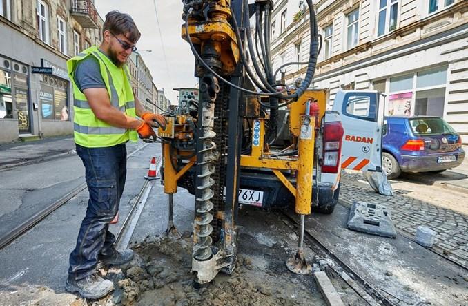 Łódź: Georadar prześwietla ulicę Legionów przed remontem