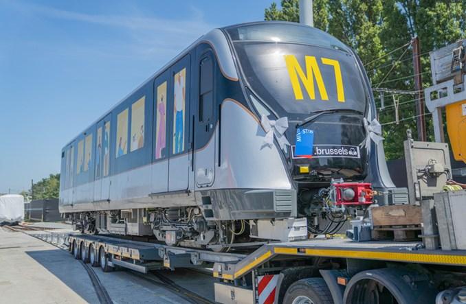 Do Brukseli dotarł pierwszy nowy pociąg metra firmy CAF