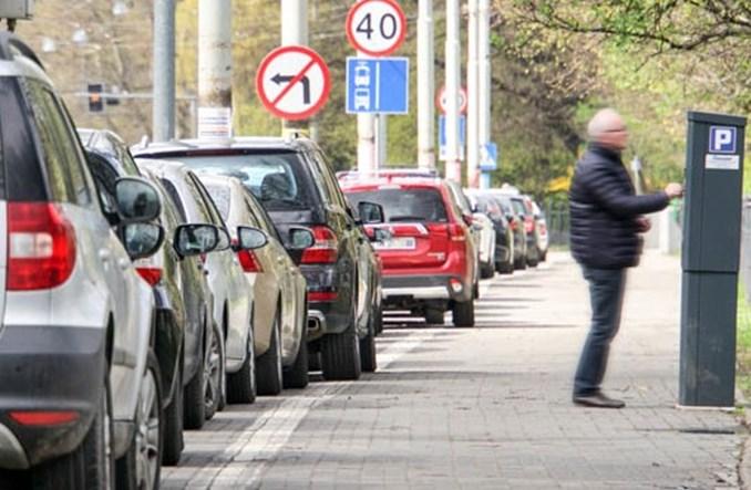 Wrocław. Od przyszłego roku nowy cennik opłat za parkowanie