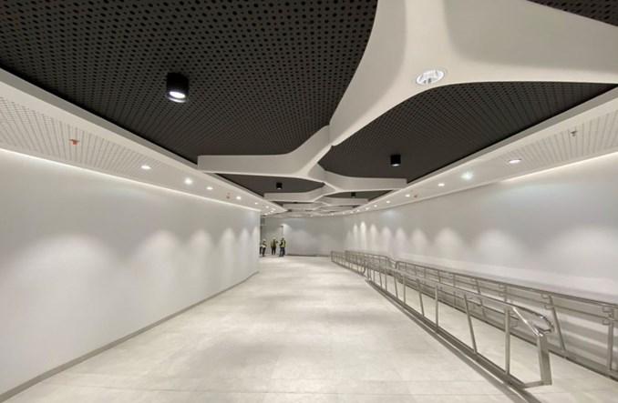 Warszawa: W sierpniu otwarcie podziemnego łącznika z metra do Warsaw Hub