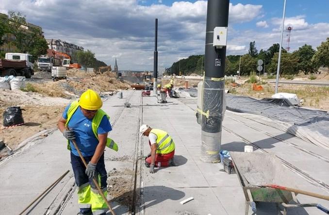 Bydgoszcz: Budowa trasy tramwajowej w ul.  Kujawskiej w toku