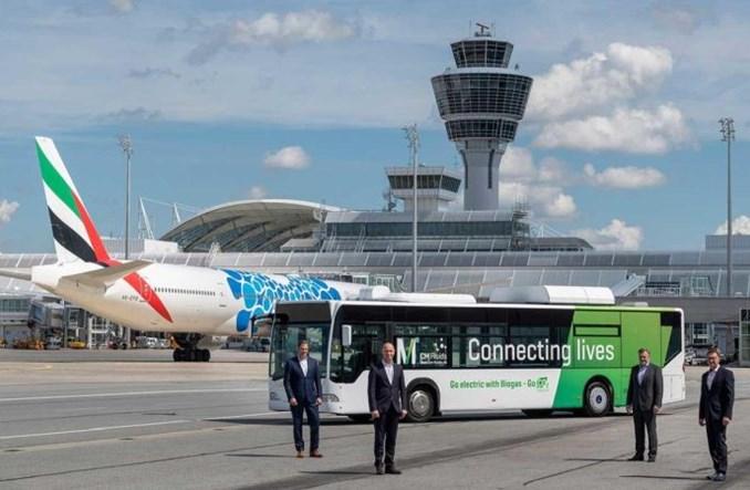 Autobus napędzany odnawialnym biometanem kursuje na lotnisku w Monachium