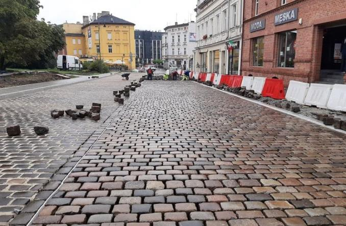 Bydgoszcz: Tramwajowa historia ulicy Długiej. Wróci fragment toru
