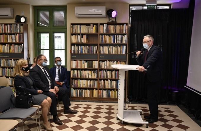 Skawina otwiera bibliotekę na wyremontowanym dworcu