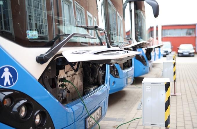 Volvo dostarczyło kolejne hybrydy do Ełku. To nie koniec [zdjęcia]