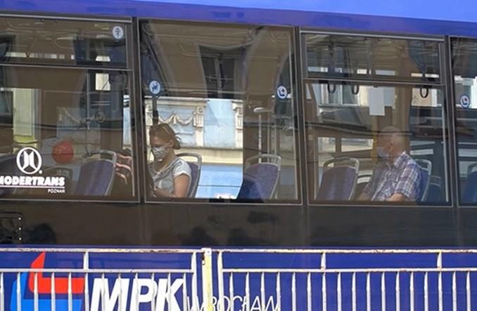 MPK Wrocław będzie zatrzymywać autobusy, jeśli nawet jedna osoba nie założy maseczki