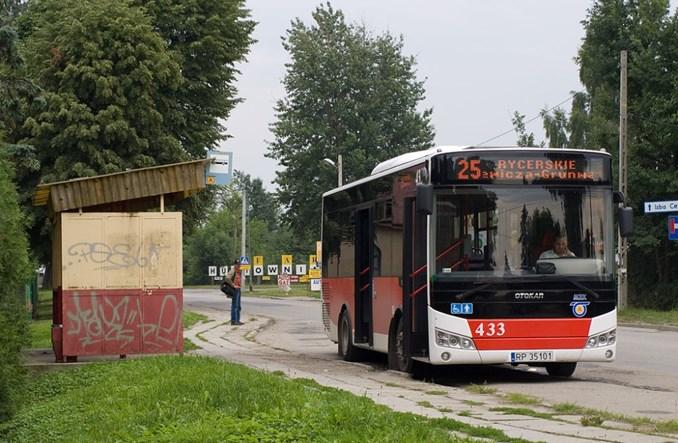 [Obrazek: 202010120349411024pxPrzemyslautobusOtoka...78-443.jpg]