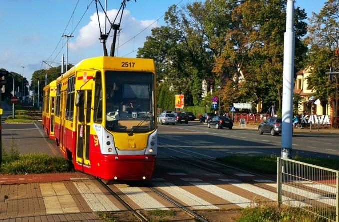Łódź: Poranne wzmocnienia po wprowadzeniu nowych limitów pasażerów