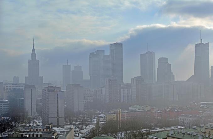 Polski Alarm Smogowy: Im czystsze powietrze, tym mniej zgonów na COVID