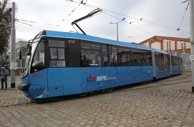 Wrocław: WrAs wraca na tory po pożarze – jako niebieski Feniks