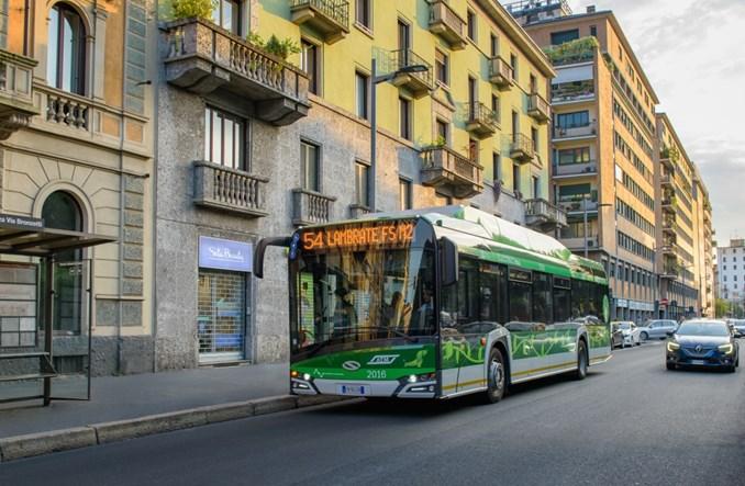 Mediolan zamawia kolejnych 100 elektrycznych Solarisów. Wśród nich tysięczny elektrobus