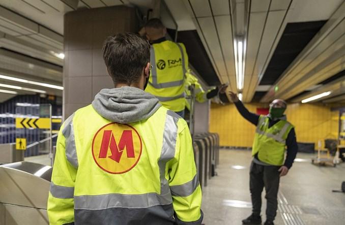 Metro: Dodatkowe ekrany na I linii. Wygodnie sprawdzisz, kiedy odjedzie pociąg