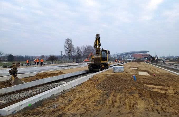 Szczecin: Rok robót przy budowie tramwaju na Szafera