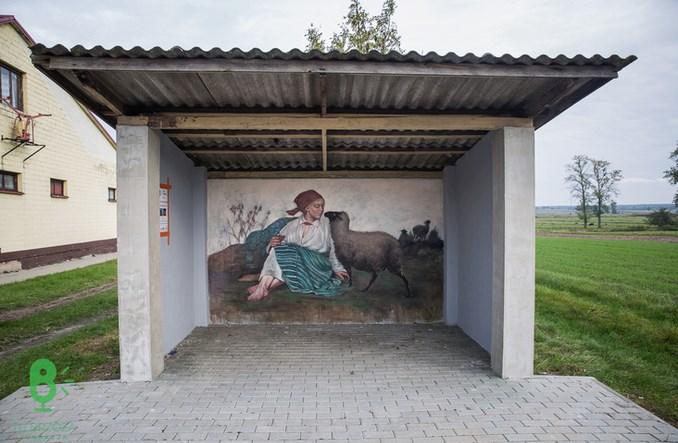 Arcydzieła na wiejskich przystankach