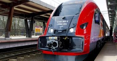 Kujawsko-pomorskie: Będą zintegrowany bilet i linie dowozowe do pociągu