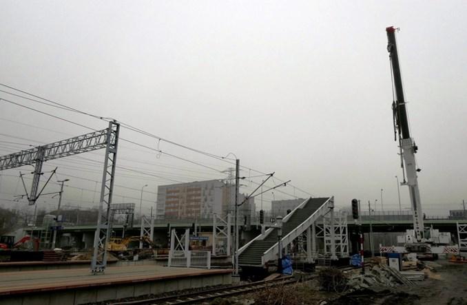Montaż schodów i kładek na Warszawie Gdańskiej