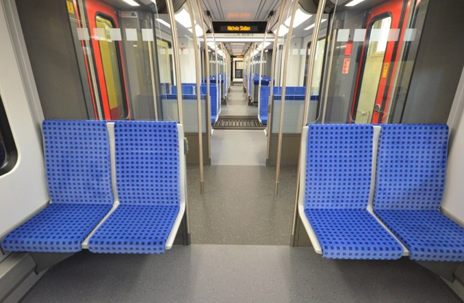 Nowe pociągi S-Bahn w Berlinie wożą pasażerów