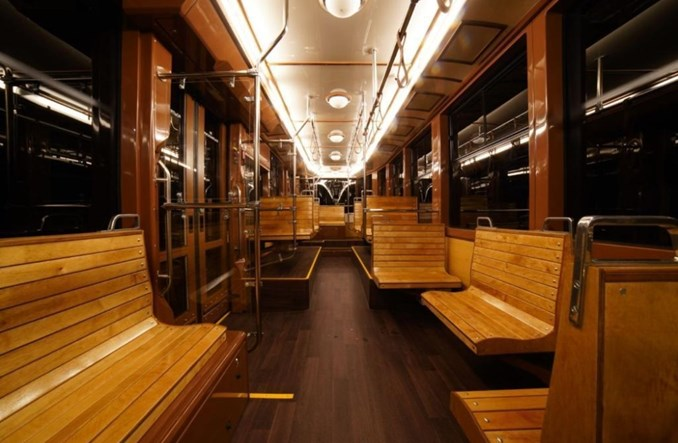Nowoczesny tramwaj retro dla Jekaterynburga [zdjęcia]