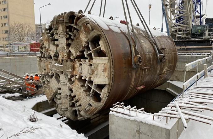 Metro na Bemowo: Głowice tarcz trafiają na powierzchnię