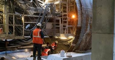Metro na Bródno: Rozpoczęło się drążenie ostatniego tunelu