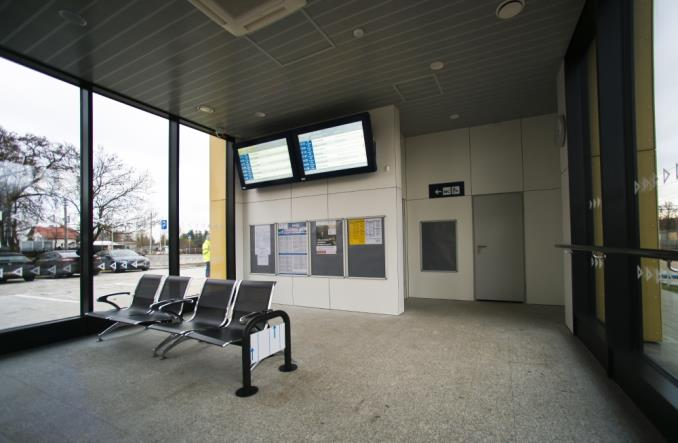 Dworzec systemowy w Janikowie otwarty dla podróżnych