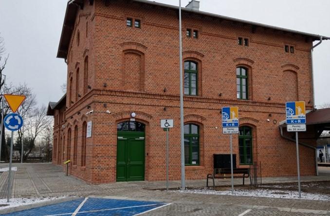 PKP SA otwierają dworce w Kątach Wrocławskich i Smolcu [zdjęcia]