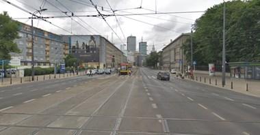 Warszawa: Działa zielona fala dla tramwajów od Dw. Centralnego do GUS-u