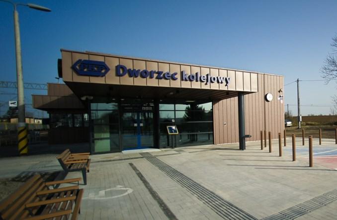 Przebudowany dworzec w Imbramowicach otwarty [zdjęcia]